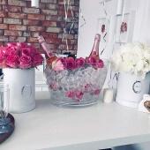 szampan i kwiaty